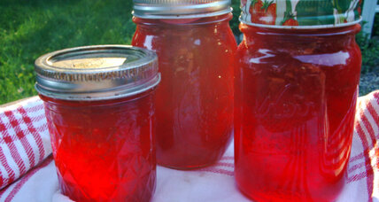 Strawberry jam for beginners