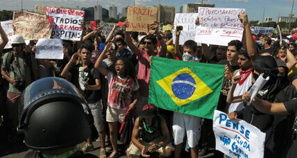 Brazil protests: a love for soccer, but not the pricetag (+video)