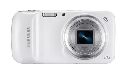 Will Samsung's Galaxy S4 Zoom hybrid find a big audience?