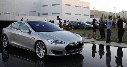 Tesla zips ahead of Model S production goals