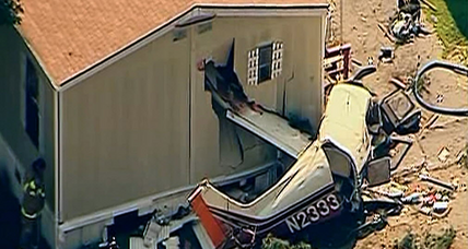 Laurel plane crash leaves pilot injured, mobile homes destroyed in Md.