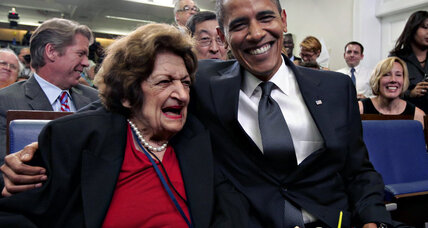 Pioneer journalist, long-time White House correspondent Helen Thomas dies at 92