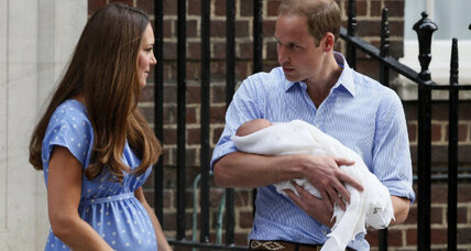 First glimpse of British prince brings comments about mom's postpartum body
