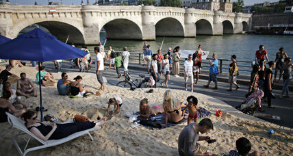 Sun, sand, and summer on the streets of Paris