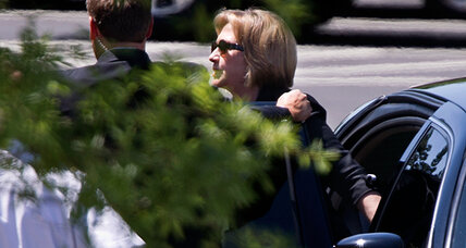 Hillary Clinton lunch date with Obama: three theories on why (+video)