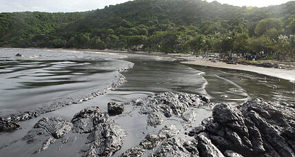 Samet Island coast marred by oil spill
