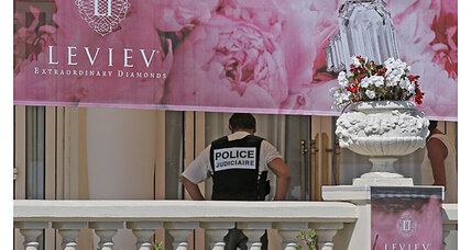 Cannes jewel heist: $53 million in diamonds, jewels stolen from hotel (+video)