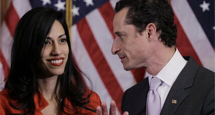 Anthony Weiner plunges in new poll. Is he dragging his wife down, too?
