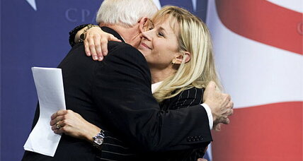Liz Cheney, daughter of ex-VP Dick Cheney, will run for Senate (+video)