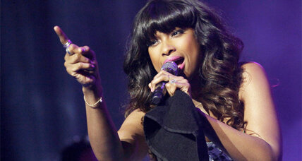 Jennifer Hudson sings in the trailer for the Christmas movie 'Black Nativity'