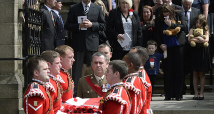 Thousands mourn British soldier Lee Rigby slain in London