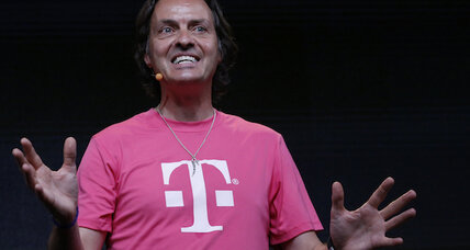 New plans and iPhone help T-Mobile snag 1.1 million new customers