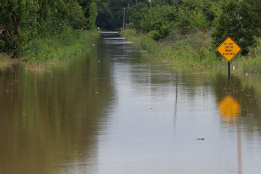 missouri  kansas flooding  three fatalities  one missing