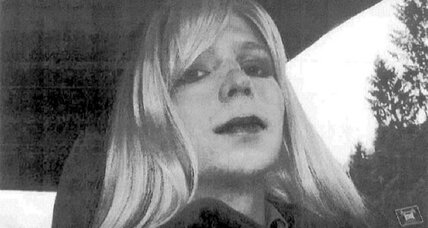 'Bradley' or 'Chelsea' – What to call Pvt. Manning? (+video)