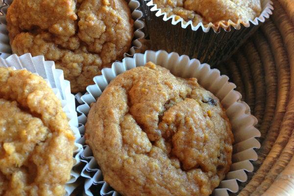 Orange, cinnamon, and date muffins - CSMonitor.com