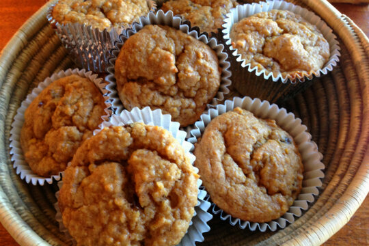 20 muffin recipes - Orange, cinnamon, and date muffins ...