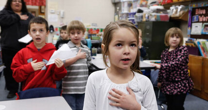 Pledge of Allegiance: 'under God' under threat in Massachusetts (+video)