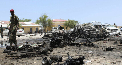 15 killed in Mogadishu restaurant bombing