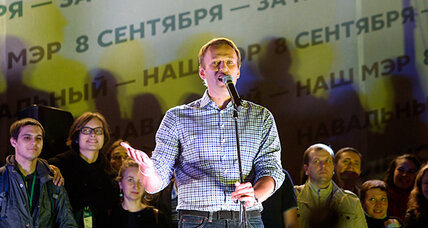 Moscow corruption crusader jolts Kremlin with mayoral vote tally