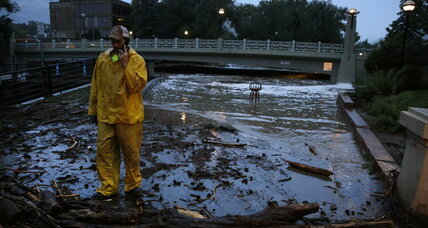 Flash floods kill three in Colorado; more heavy rain expected (+video)