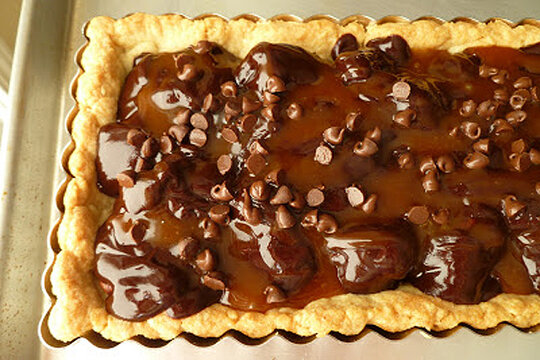 Decadent recipes for chocolate desserts - Chocolate pecan ...