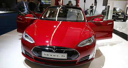 Tesla accused of 'misleading' customers by California dealers