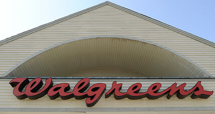 Walgreens moves workers to private health insurance exchanges