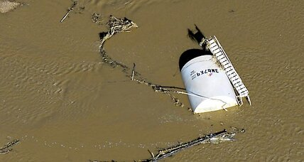Colorado flooding puts oil and gas wells underwater