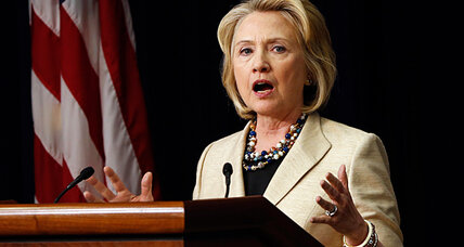 Why Hillary Clinton needs to distance herself from Obama (+video)