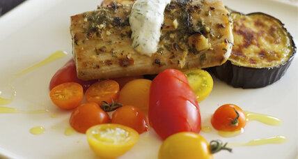 Mint and lime mahi mahi with dill yogurt sauce