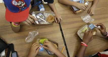Small percentage of schools drop out of federal lunch program