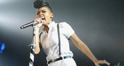 Janelle Monae will sing during New York Fashion Week