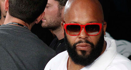 Suge Knight, hip hop mogul, released on $20,000 bond