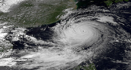Typhoon Usagi hammers Taiwan, Philippines, approaches Hong Kong