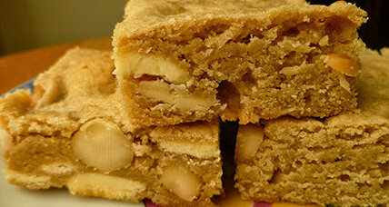 White chocolate macadamia blondies
