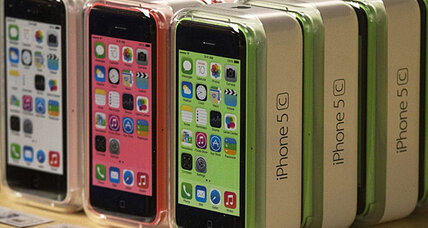 Apple cuts iPhone 5C production. Good news for shareholders?