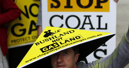 Australians 'Lock the Gate' to fracking