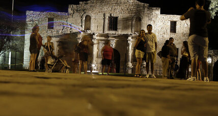 Gun rights activists organize 'Come and Take It' rally at the Alamo