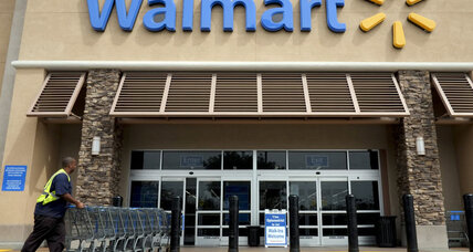 Walmart alligator menaces Fla. department store