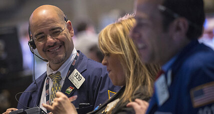Stocks rise on strong corporate earnings