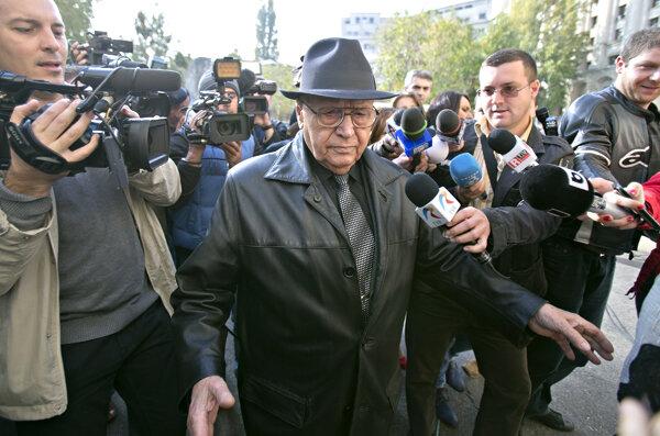 Romania reopens door on brutal communist era - CSMonitor.com
