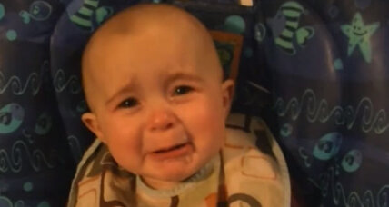 Mom sings to baby: Emotional baby reminds parents to savor little moments (+ video)