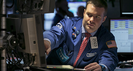 Stocks fall after Federal Reserve says US needs support