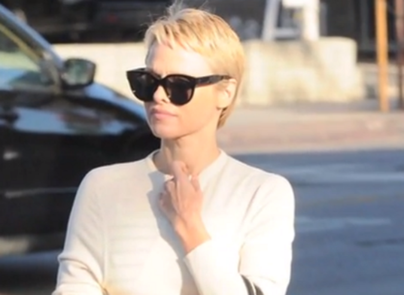 Pixie Haircut Pam Andersons Do Invokes Some Tinker Bell Magic