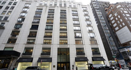 Racial profiling claims at Barneys, Macy's: N.Y. attorney general probing (+video)