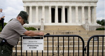 Government shutdown: Do national parks really need to be barricaded?
