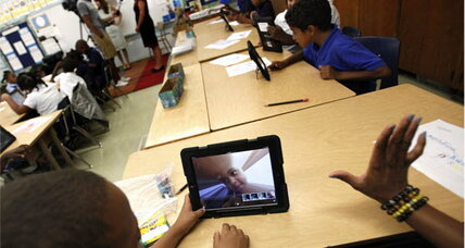 $1 billion iPad giveaway at L.A. schools: Bad idea or poor execution? (+video)