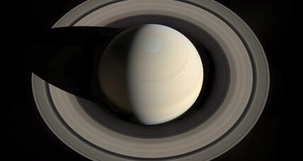 Cassini captures stunning mosaic of Saturn