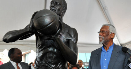 Basketball's Bill Russell joins the Bronze Age