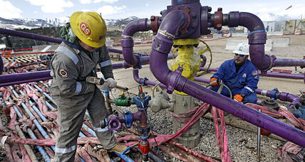 Coloradans weigh fracking bans. A litmus test for oil and gas?